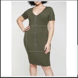 Dresses & Skirts - Plus size olive green dress